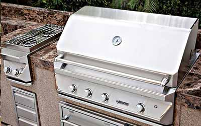 Outdoor Kitchens & Grills by Adirondack Hearth & Home